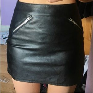 H&M | Faux Leather Mini Skirt
